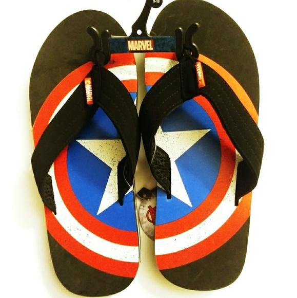 ca5ddf6b39e Mens flip flop size 9-10. Marvel captain America.
